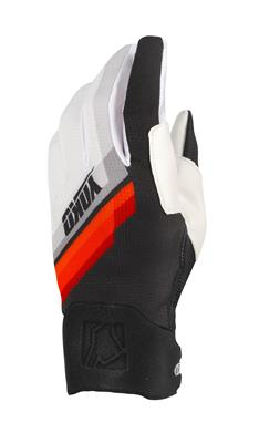 ONE GLOVE - BLACK / WHITE / RED